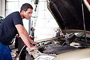 Know the 5 Warning Signs Of Needing an Oil Change!