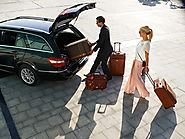 Advantages of hiring limo and car services for your journey