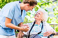 How to Compassionately Deal With Seniors and Their Mood Swings