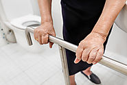 Ultimate Guide: How to Keep a Senior Loved One Safe When Using the Bathroom