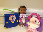 Disney Jr Doc McStuffins Comparing Doc McStuffins and Stuffy's Check Up Sets