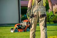Lawn Care Service Advises Homeowners to Do Year-Round Maintenance