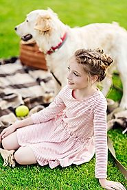 Using Artificial Grass to Create a Play Space for Children and Pets