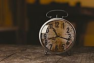 Overwhelmed and Short on Time? Here's 4 Ways to Avoid Time-Scarcity Mindset - Foundr
