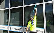 Why Hiring Professional Window Cleaners Can Be Beneficial