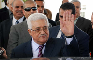 Palestinian officials: Abbas and Dahlan served poison to Arafat
