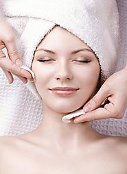 Three Reasons Why Medical Spas Do Facials Better Than Traditional Day Spas