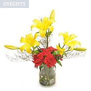 Send Vase Arrangement | Buy Glass Vase Flower Arrangements Online - OyeGifts.com