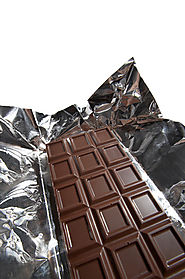 Benefits and Risks of 72 Percent Dark Chocolate