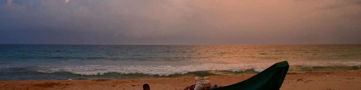 Headline for Top Beaches to Visit in Sri Lanka -Sun, Sand and a lot of FUN!