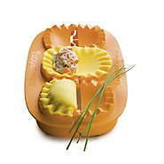 Review of Tupperware Pie Press or Empanada Makers