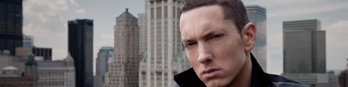 Headline for Top 15 collaboration of Eminem with other artists