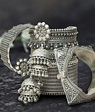 Metallic jewellery