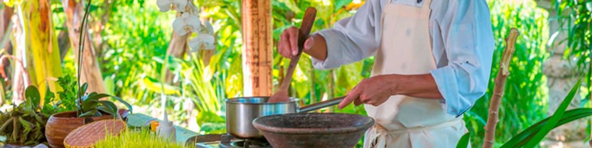 Headline for Top 5 Balinese Dishes to Try - Let's Satiate those Cravings!