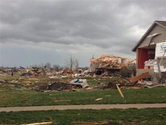 Fast-moving killer storm, tornadoes batter Midwest