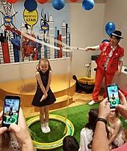 The Best Way for Kids Party More Authentic and Surprising With the Bubble Show