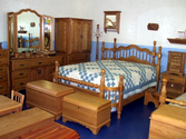 Country Style Bedroom Furniture - Functional and Welcoming