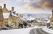 Stunning Scenery and Christmas Markets in the Cotswolds