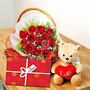Send Love Basket with Bear Online Same Day Delivery - OyeGifts.com