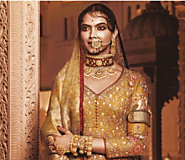 "Deepika Padukon's Recent Unibrow Look From ""Padmavati"" Stirred Up Storm on Twitter"