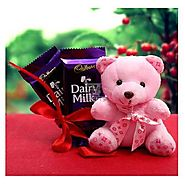 Buy / Send Chocolate For Love Gifts online Same Day & Midnight Delivery across India @ Best Price | OyeGifts