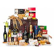 THE ULTIMATE GIFT HAMPER