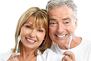 How to Help Your Aging Parents Maintain Good Oral and Dental Health
