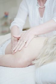 Auto Injury Therapy: Why Massages Should be Part of a Recovery Treatment Plan