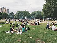 Enjoy Some Quiet On Shepherd's Bush Green