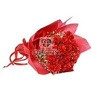15 Red Carnations in Red Paper Packing - OyeGifts.com