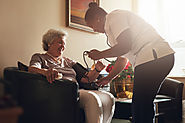 5 Signs Your Senior Loved One Needs Assistance at Home