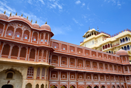 Sightseeing Tours in Agra – Visit Some of Excellent Cultural Monuments of India