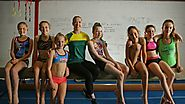 Commonwealth Games silver medallist Mary-Anne Monckton visits her original gymnastics club, Lake Macquarie PCYC - PCYC