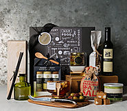 Best Wedding Anniversary Gift Hampers