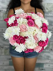 Contact Flower Delivery La Brea to Deliver Flirtylicious