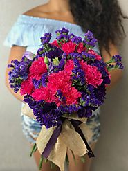 Deliver Flowers with Flower Delivery La Brea