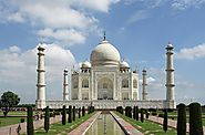 Delhi to Agra One Way Taxi Service