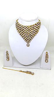 Bollywood Style Traditional Necklace Sets In Choker Style With Earring and Tikka - RunwayFashions