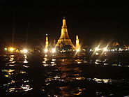 A Night Tour of the Chao Phraya River and Wat Arun