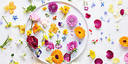 The Ultimate guide to edible Wild and Garden Flowers