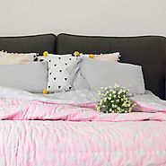 Pink Polka Print Reversible Double Bed Quilt Set Online - Shop Now! – House of Ekam