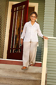 10 Steps to Help Older Adults Prevent Slips, Trips and Falls