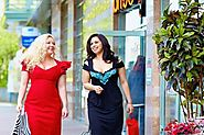 Tips on Buying Dresses for Curvy Women