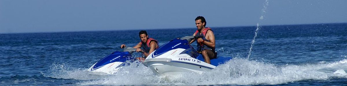 Headline for Facts on jet skiing – It's like riding a racing bike, but on water!