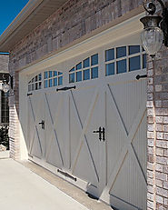 TIPS ON CHOOSING THE REPLACEMENT OF YOUR GARAGE DOORS