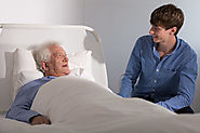 What to Do When Visiting a Loved One in Hospice