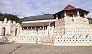 The temple of the sacred tooth relic Tourism | Guide for The temple of the sacred tooth relic Tourism - Thomas Cook I...