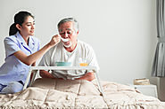 How a Skilled Nurse Can Care for an Elder at Home