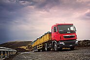 Key Factors to Consider While You Buy a Commercial Truck - Creative Blogging World