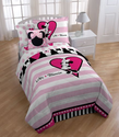 Disney Minnie Hearts Comforter with 2 Shams Set, Full